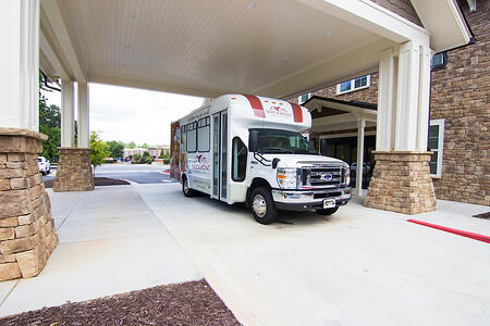 4 Things to Keep in Mind When Touring an Assisted Living Community