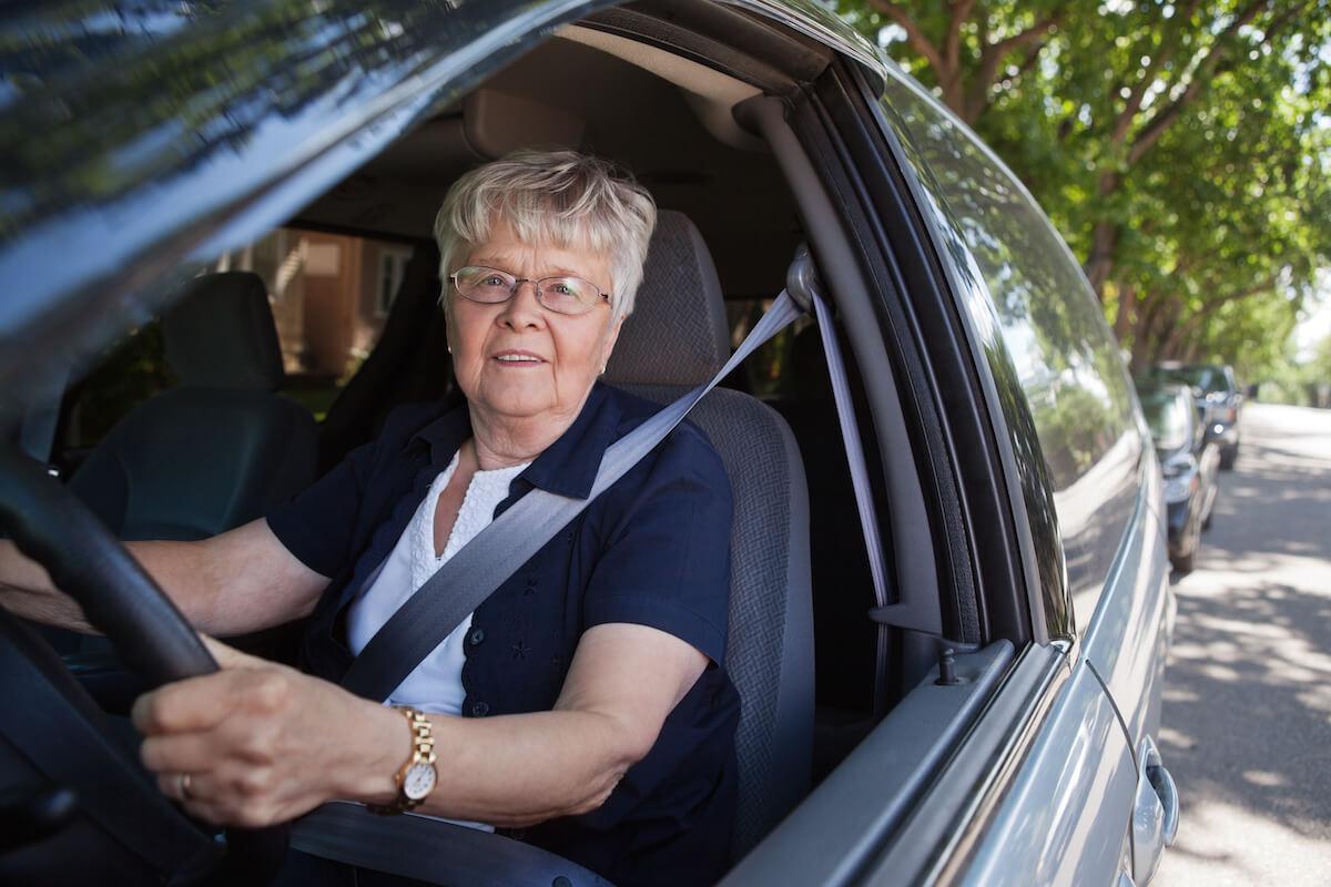 Senior woman driving_ Driving Tips for Seniors